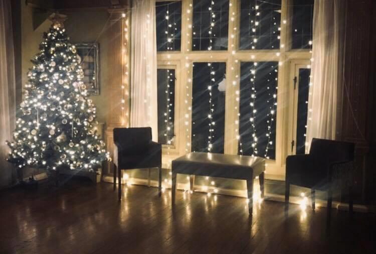 Oak Room at Christmas