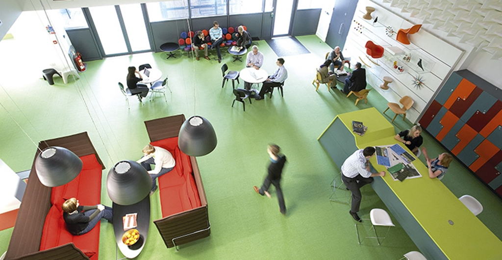 'The 24/7 Club Lounge' Communal & co working space