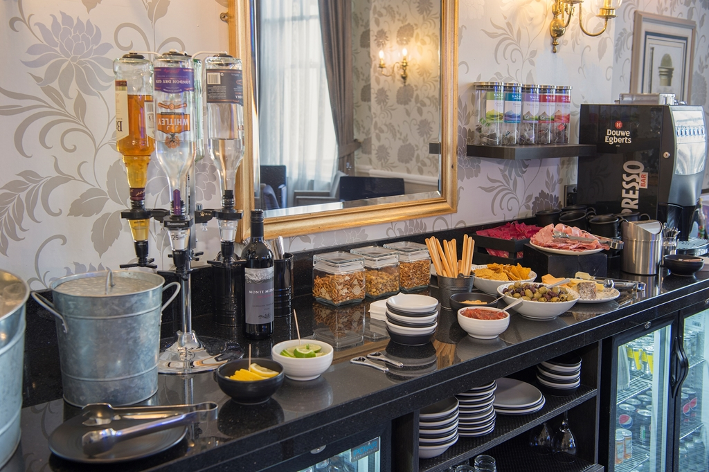 Snacks Available in the Club Lounge