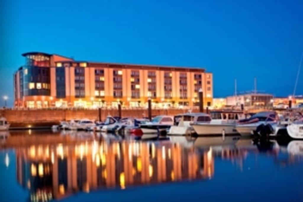 Radisson Blu Waterfront Hotel, Jersey
