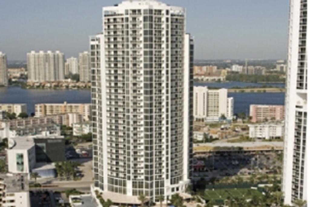 Trump International Beach Resort - Miami