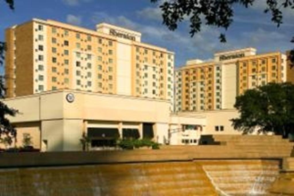 Sheraton Fort Worth Hotel & Spa