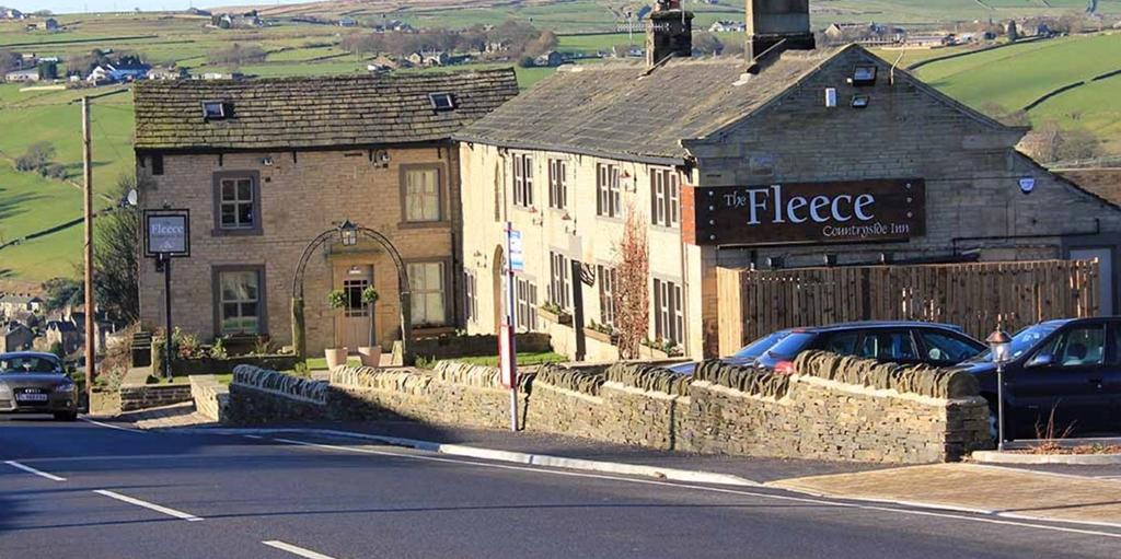 The Fleece Countryside Inn