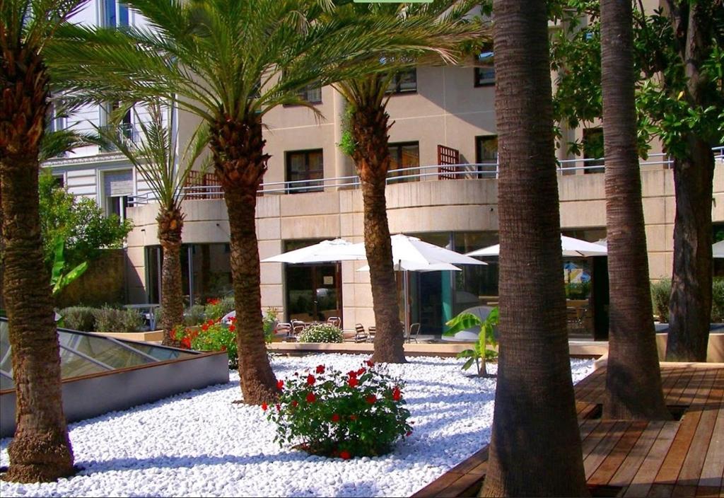 Nice Fleurs Hotel
