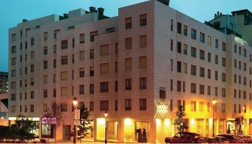 Silken Hotel Villa De Aviles