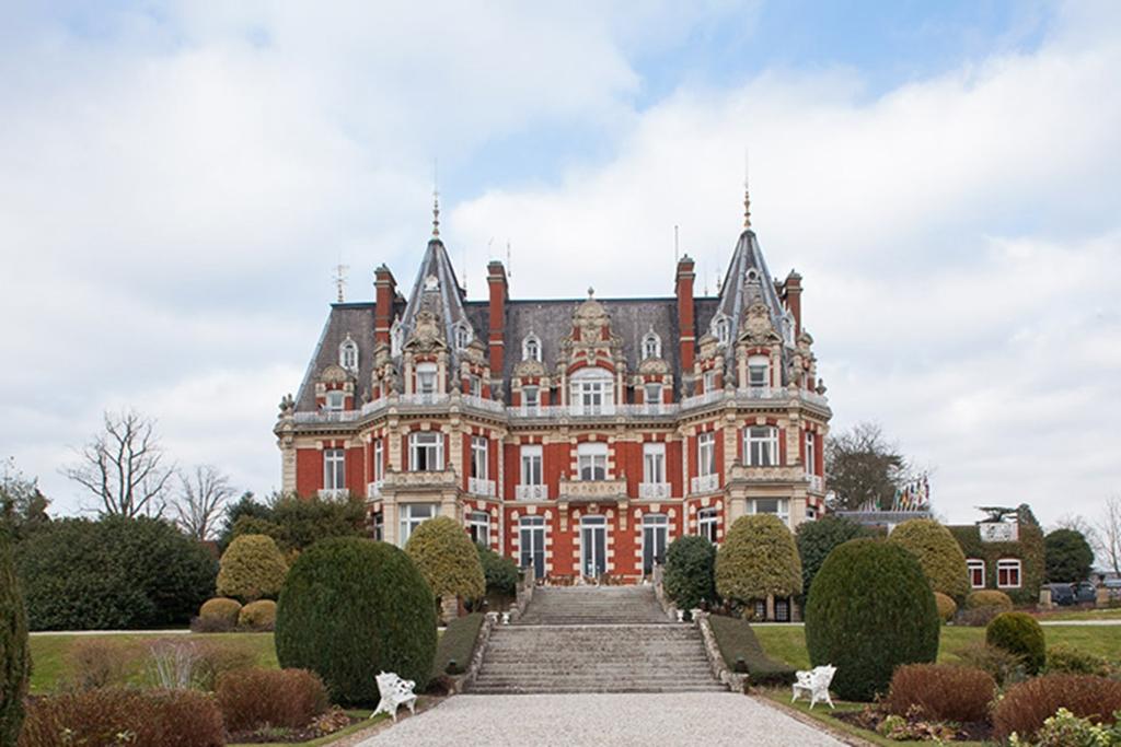 Chateau Impney Hotel & Regent Exhibition Centre