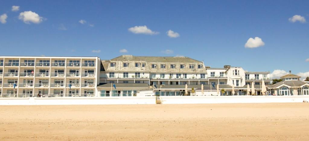 FJB Sandbanks Hotel